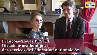 François-Xavier Pestel, DASEN 82  au micro des jeunes reporters lors  du parcours citoyen de Castelsarrasin @actoulouse @RC_Education